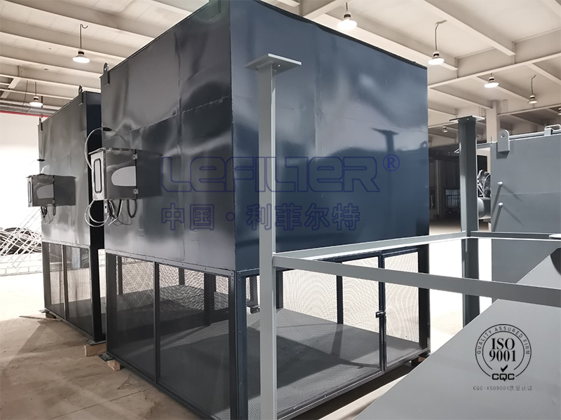 自洁式空气过滤器的特点和结构